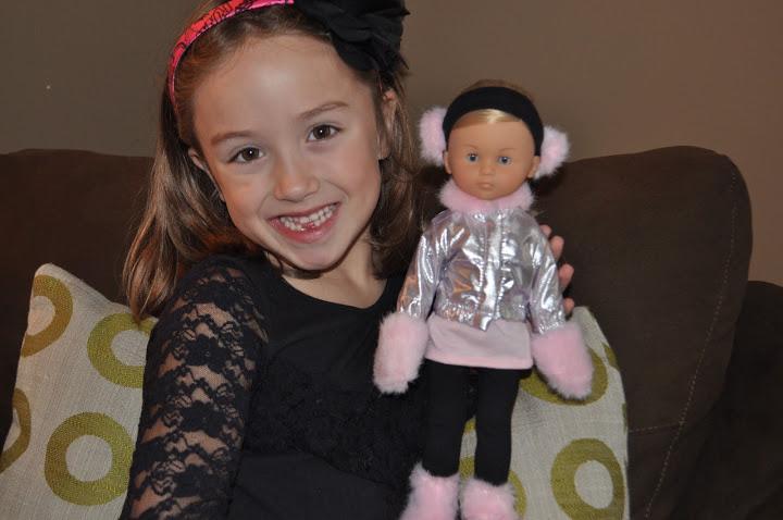 corolle les cheries dolls for aspring fashionistas. Black Bedroom Furniture Sets. Home Design Ideas