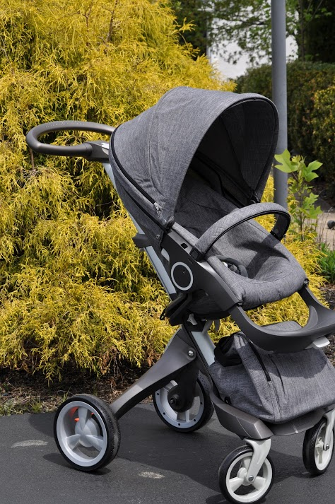 Black modern chair - Take A Peek At Our Video Demonstration Of The Stokke Xplory Stroller
