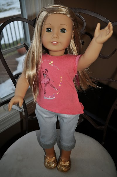 Isabelle American Girl of the year 2014 full figure pose