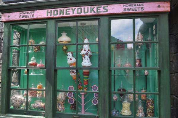 Honeydukes Store Front