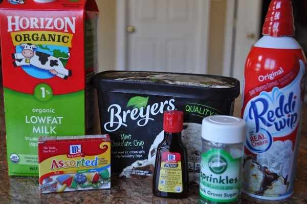 Ingredients for Shamrock Shake