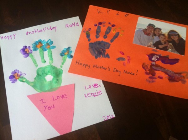 Mothers-Day-Craft-Gifts-with-handprints-