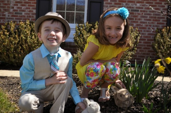 kids easter fashion with bunnies