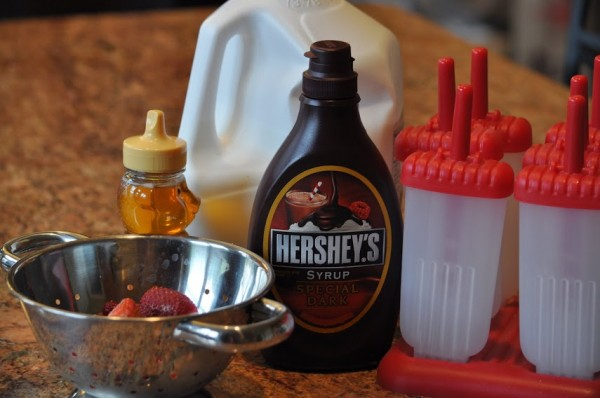 Hershey Special Dark Chocolate Strawberry Frozen Popsicles Ingredients