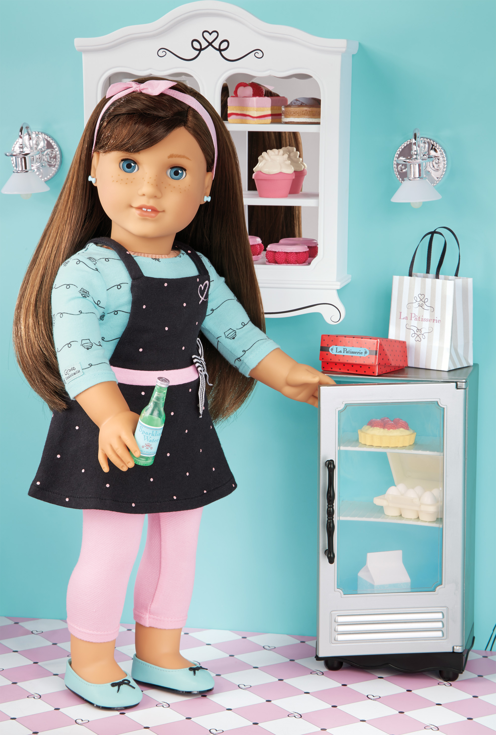 official grace thomas american girl of the year 2015 photos and images