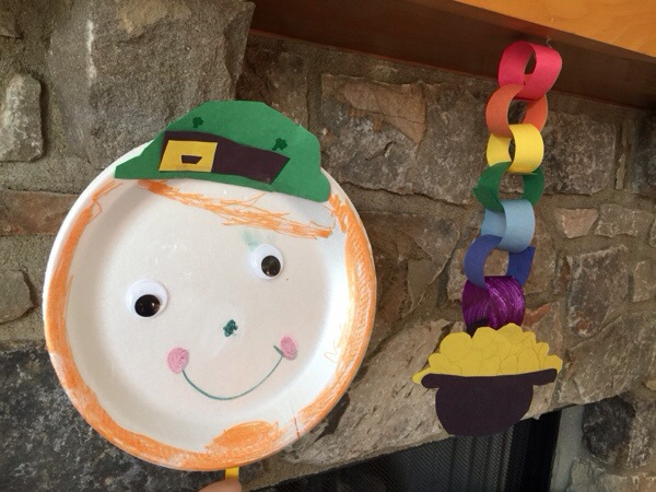St. Patrick's Day Craft Ideas Rainbow Pot of Gold Chain and Leprechaun Mask
