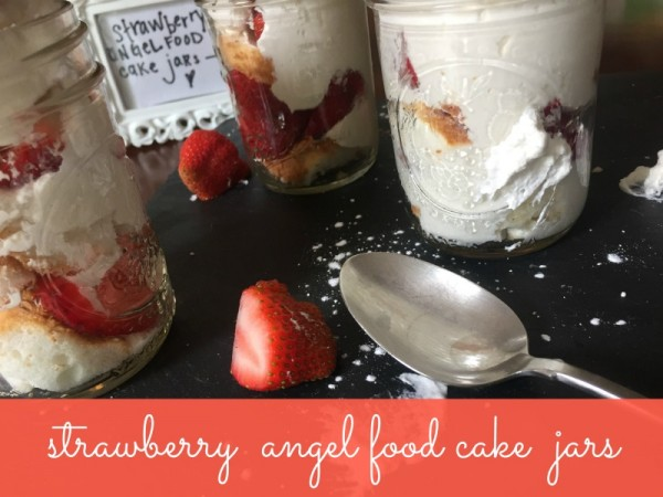 strawberryAngelFoodCake