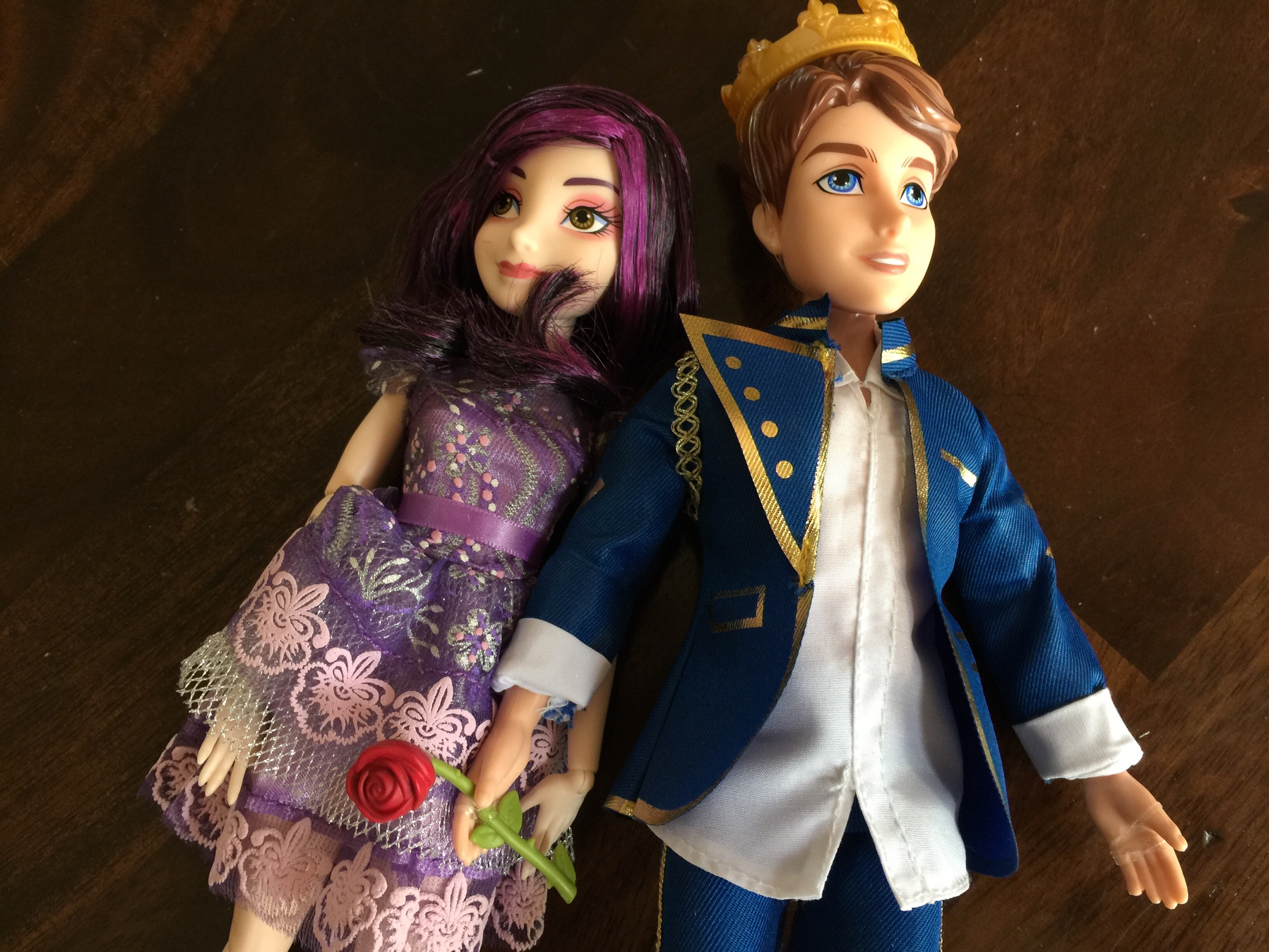 Disney Descendants Mal And Ben Doll Set Video Review