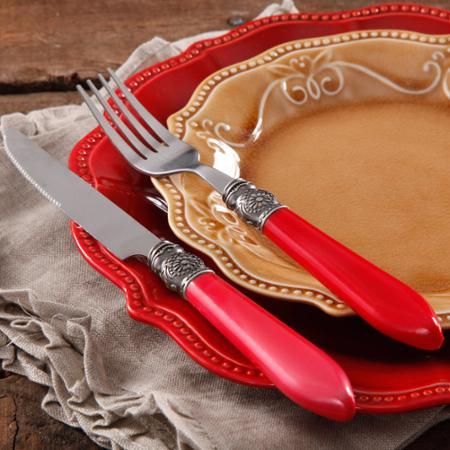 Dinner Ware Red pioneer woman