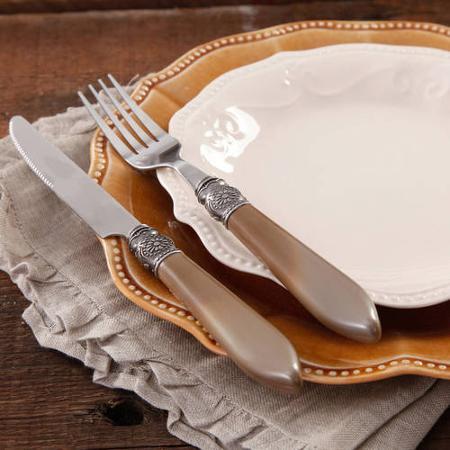 Dinner ware Pioneer Woman
