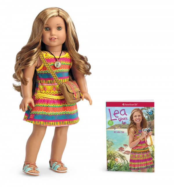 Official Lea Clark American Girl Doll Of The Year 2016