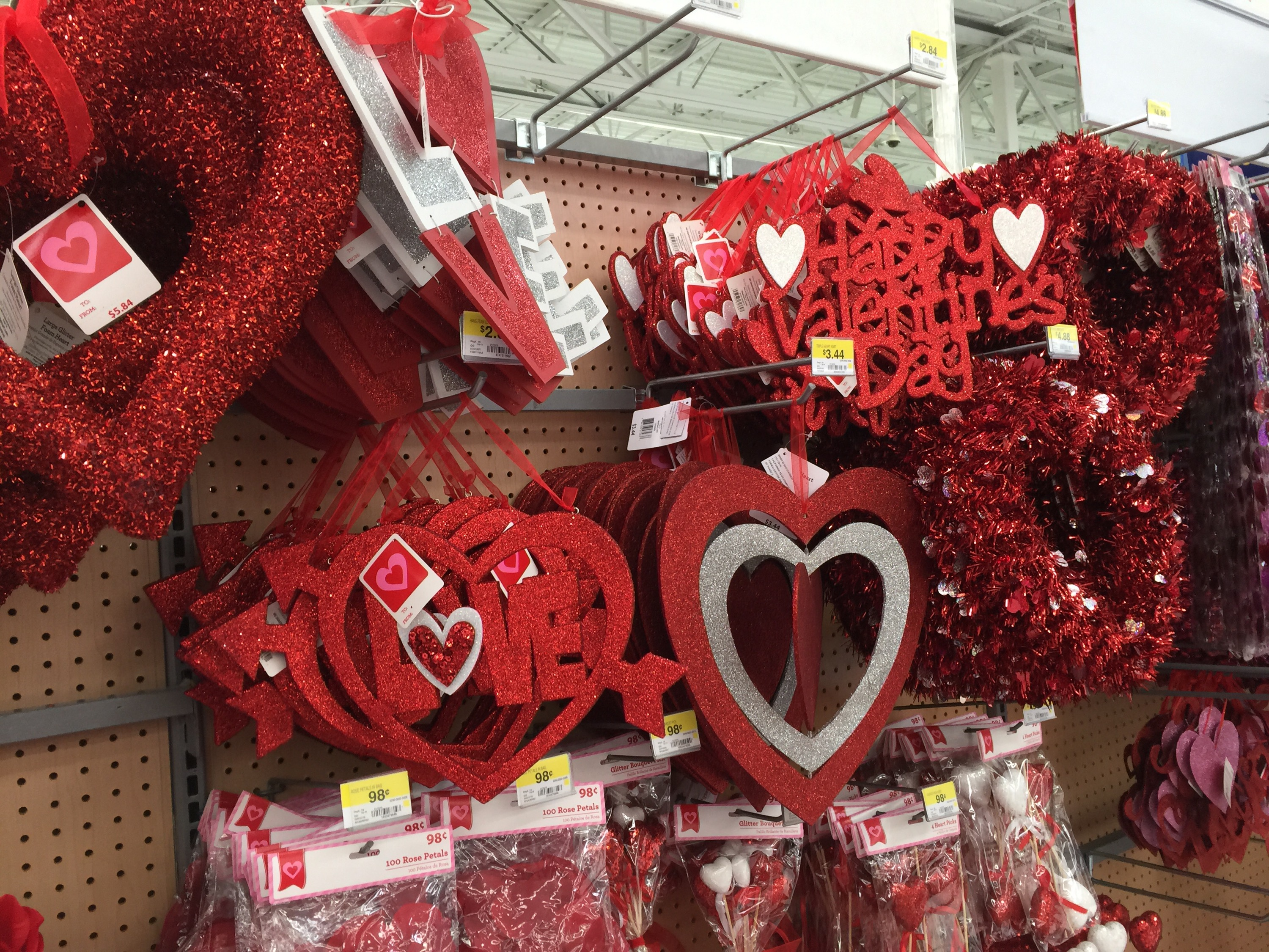 In Store Valentineu0027s Day Aisles Making Finding Party Supplies A Cinch