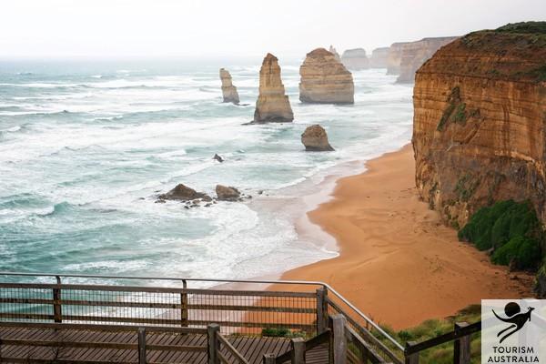 Tourism Australia 12 Apostles