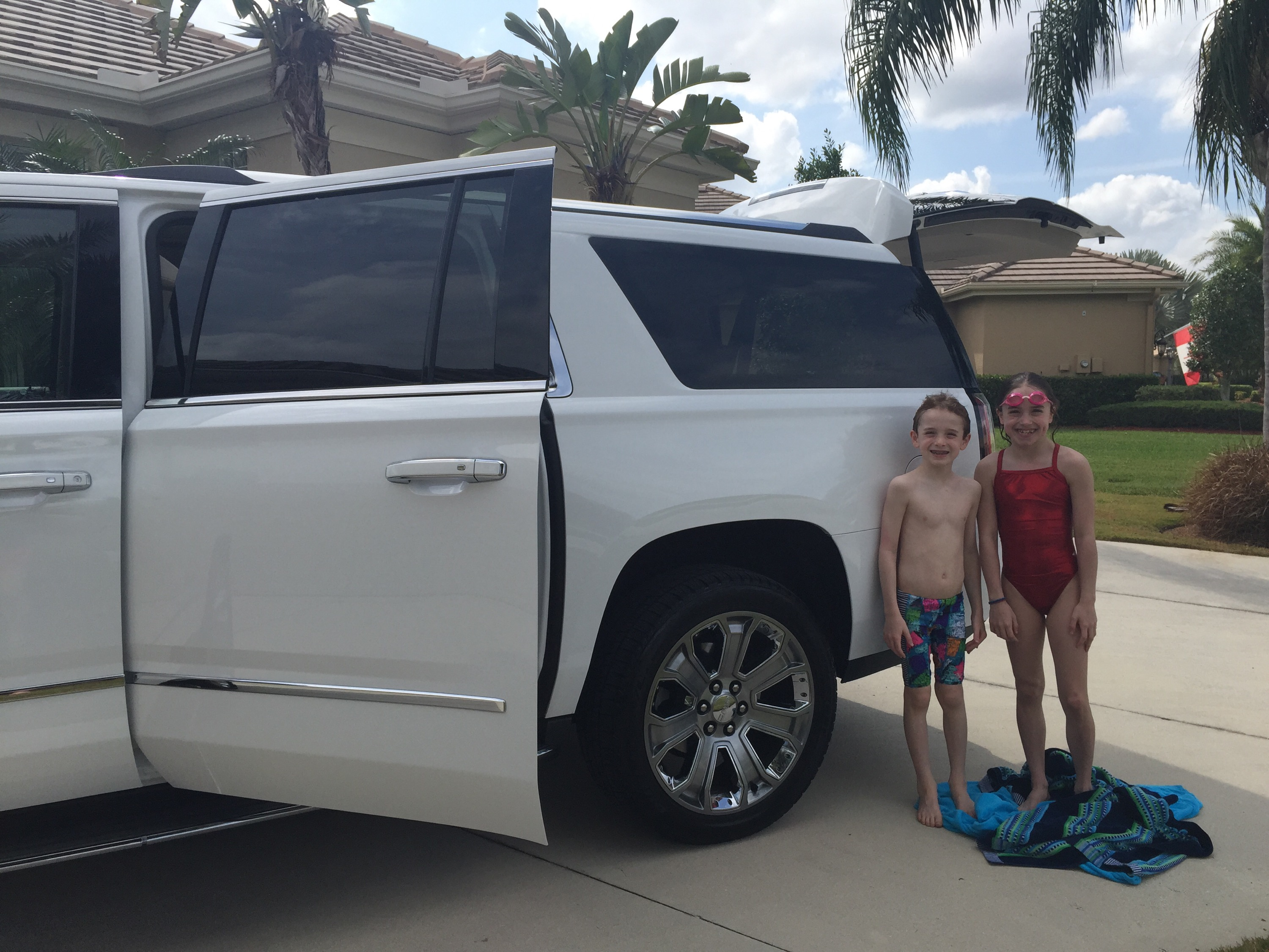 2016 GMC Yukon Denali XL Video Review and Photos