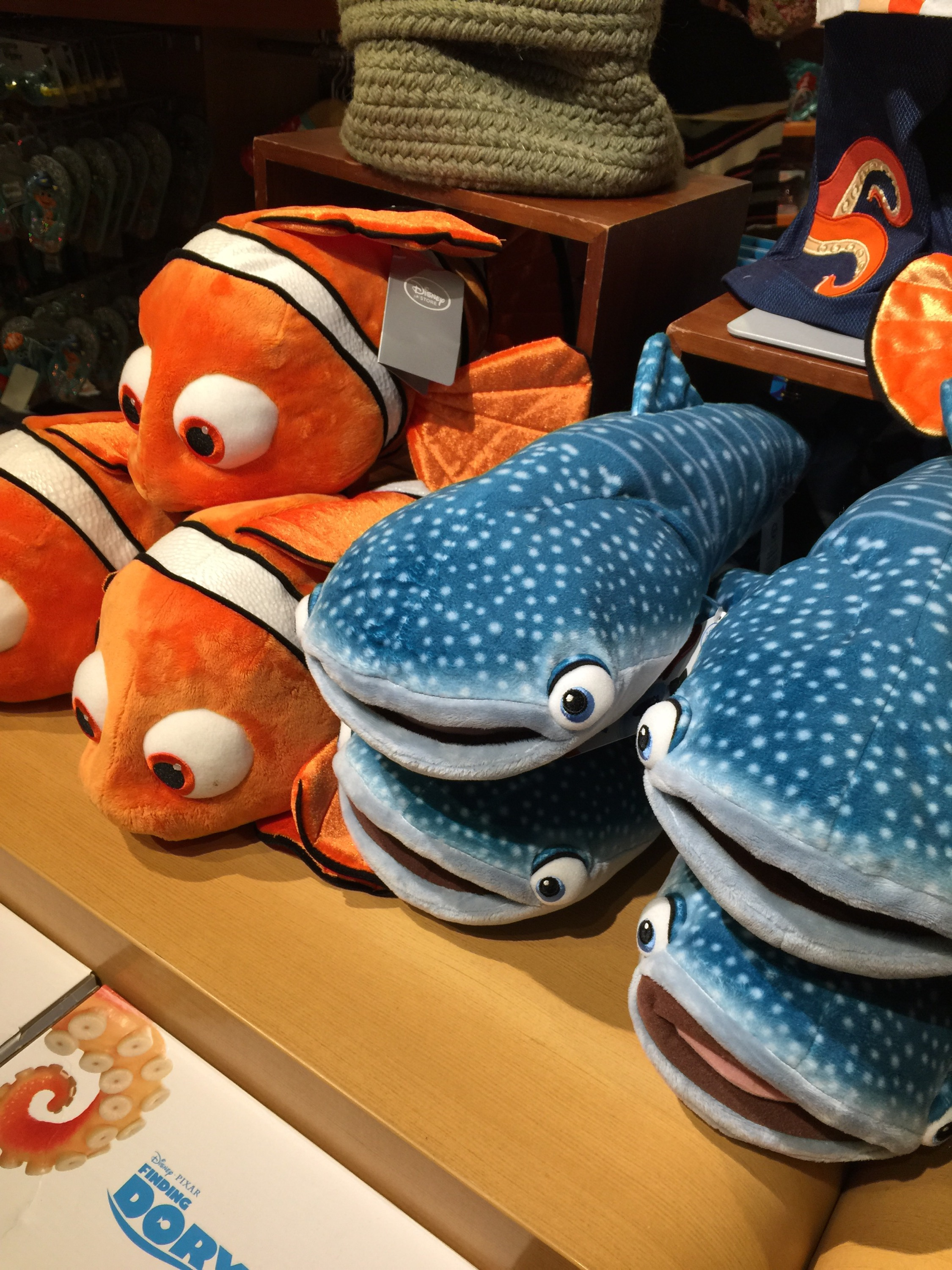 Disney Store Toys : Video finding dory toys bathing suits plush galore
