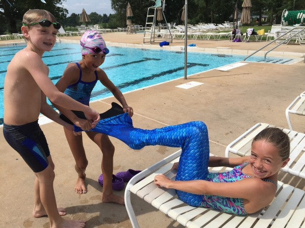 Fin Fun Mermaid Tail Video Review and Demo - Classy Mommy