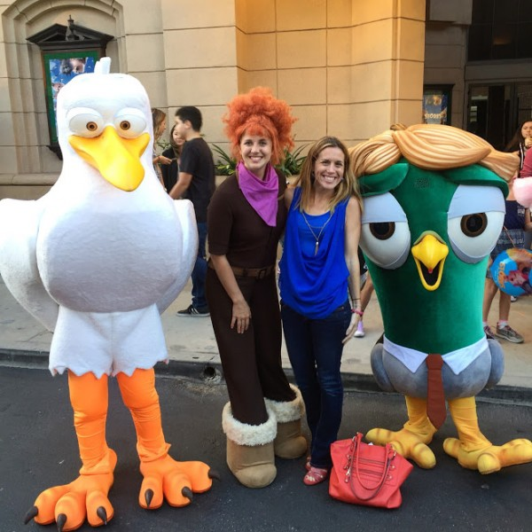 storks-characters-in-costume