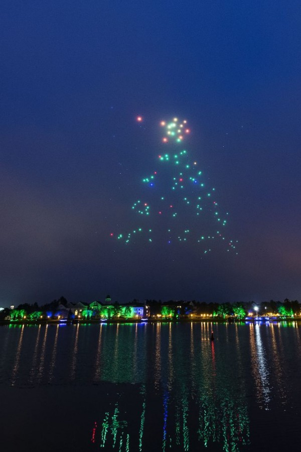Starbright Holidays Drone show at Disney Springs