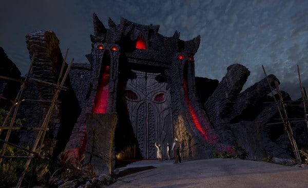 Skull Island 80 Foot Temple