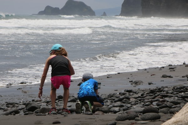 Best Hikes on Big Island of Hawaii - Pololu Valley Hike Tips and Photos