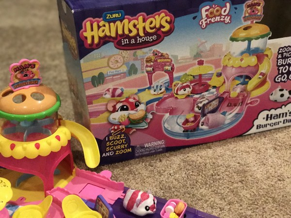 Hamsters in a House Food Frenzy Burger Diner Video Review