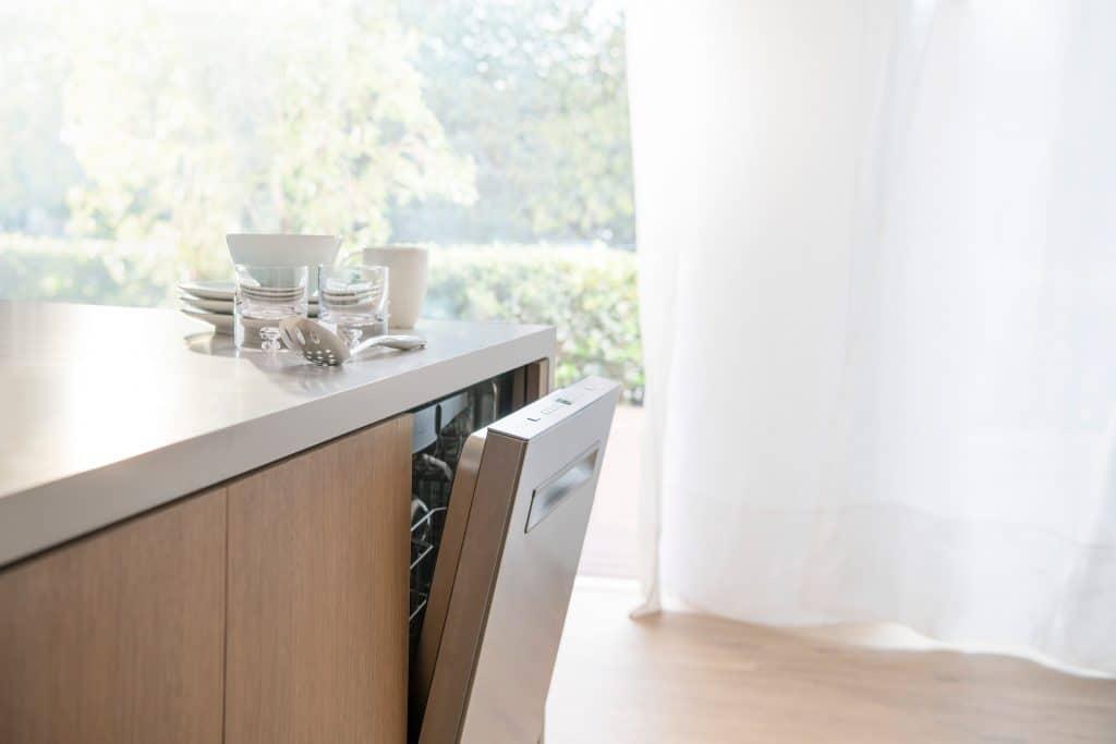 AutoAir™ Bosch 500 Series Dishwasher