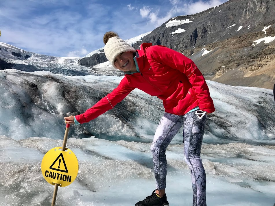 9 tips for Visiting the Columbia Icefield Athabasca Glacier