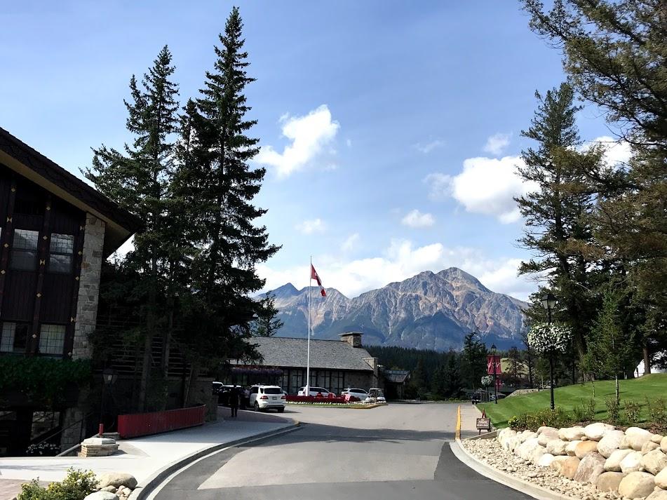 Fairmont Jasper Park Lodge photos